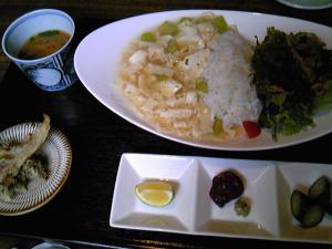 「湯葉丼」日向草(小国町)