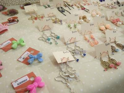 20120716月箱yukiさん個展10_convert_20120716235352