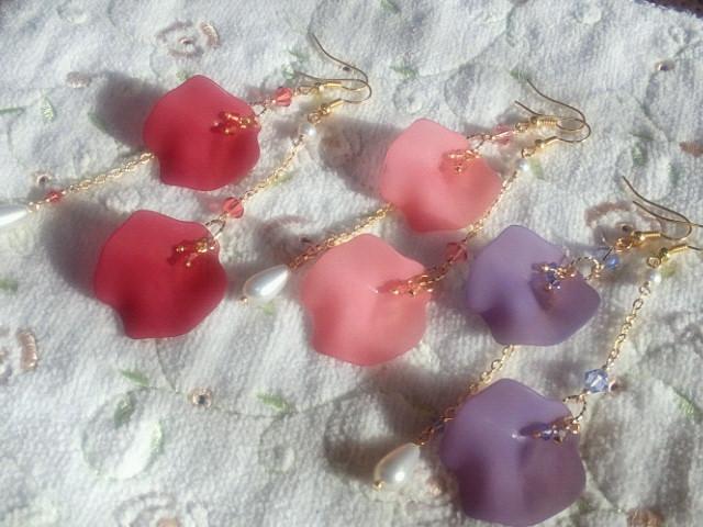 薔薇花弁アシンメトリーピアス1