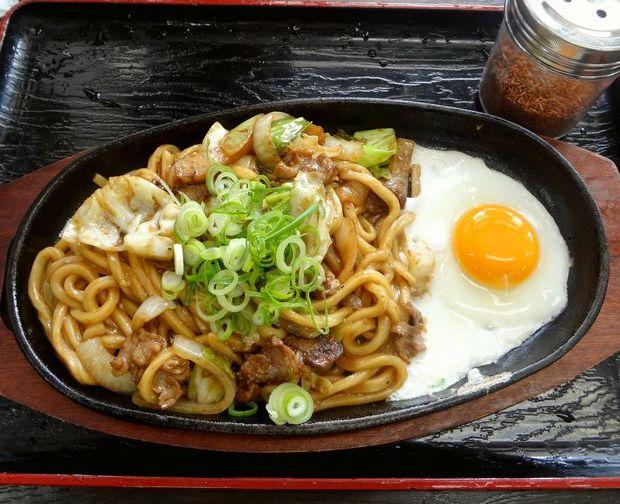 『資さんうどん 諸岡店 』焼きうどん(650円)