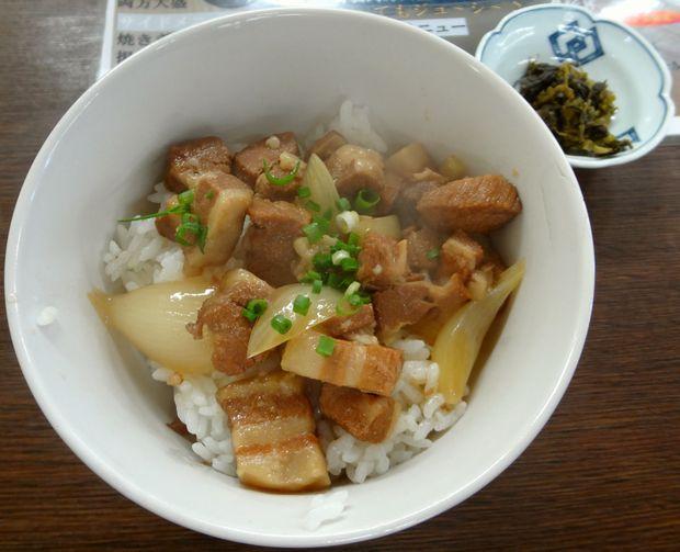 『井手ちゃんぽん 小戸店』角煮丼(350円)
