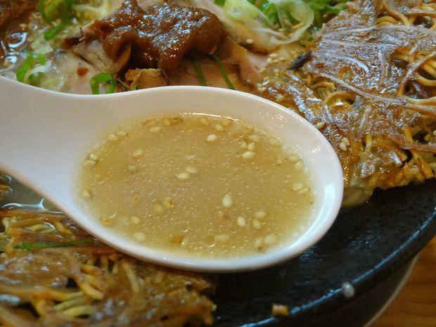 『壱の家』豚骨焼麺(スープ)