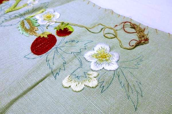 my moms embroidery1