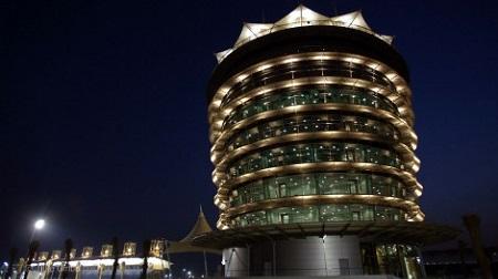 F1バーレーンGP(ナイトレース)の開始時間