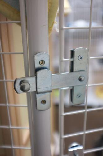 扉 - 外側ロック2