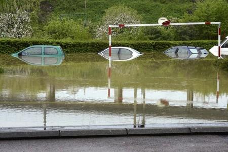 20130506-00000029-jij_afp-000-1-viewフランス中部で洪水、集中豪雨