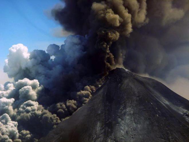 1368925827アラスカ パブロフ火山大噴火