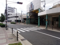 Shinkaisuji_MarchantStreet.jpg