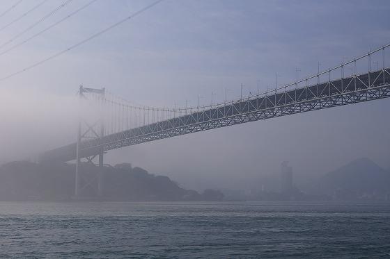 130425朝の関門橋