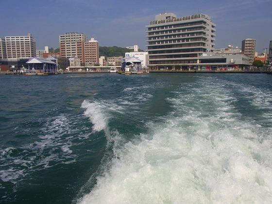 130425唐戸桟橋を出港