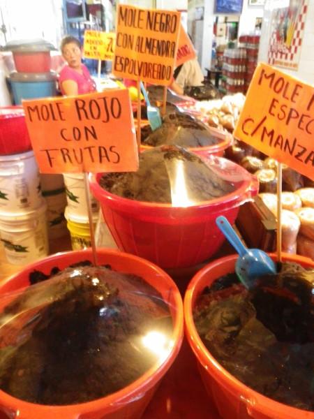 20111122_Oaxaca_FoodCourt_03_Mole.jpg