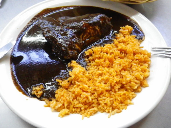 20111122_Oaxaca_FoodCourt_04_Mole.jpg