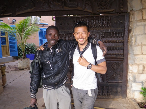20120122_13_Dogon_Hiking.jpg