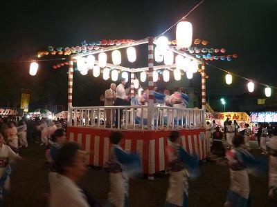 2012072101慰霊塔03