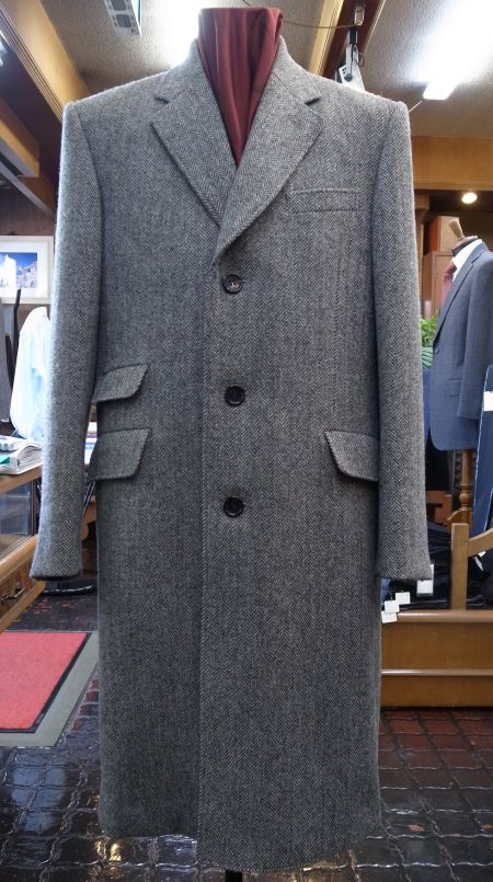 ハリスツイードのシングルブレストのチェスターフィールドオーダーコート