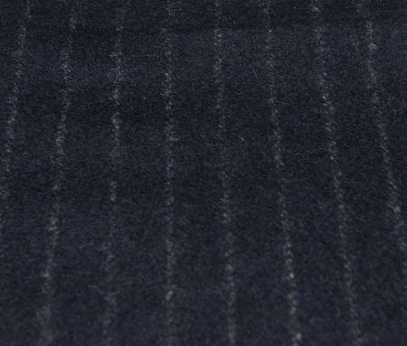 英国FOXBROTHERS(フォックスブラザーズ)のオーダースーツ用フランネ紺ストライプ
