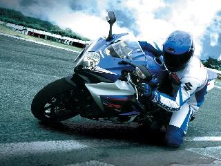 Suzuki_GSX-R_1000_2007_11_1024x768 (1)