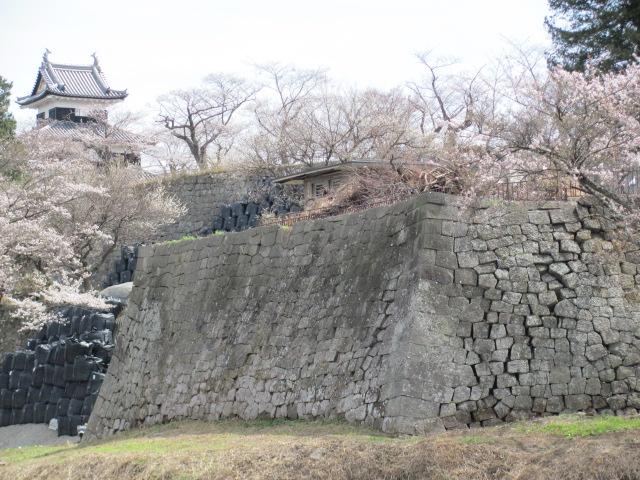 小峰城修復平成25年4月10日d