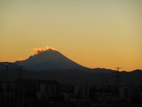 たてがみのような富士