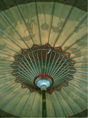 2011.9.13.傘の下から臨むIMG_2943 のコピー360x