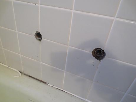 浴槽水栓取り外し2