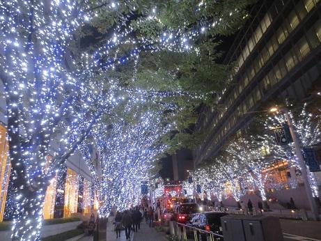クリスマスイルミネーションけやき坂