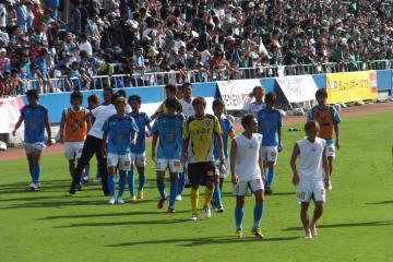 酷暑の末でのドローで、横浜イレブンの表情は浮かないまま・・・