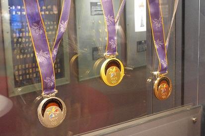 メダル8.21