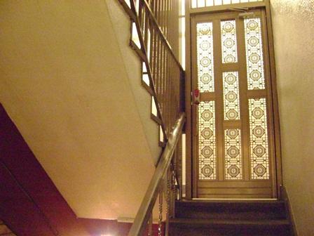 階段 3階入口オートロック