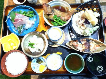魚庄ランチ