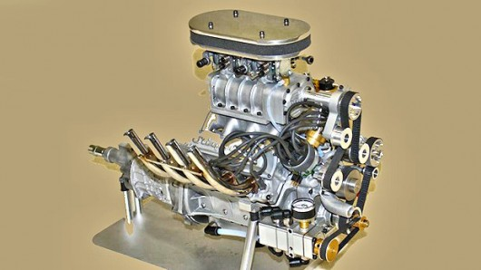 worlds-smallest-supercharged-four-stroke-v8-production-engine-34.jpg