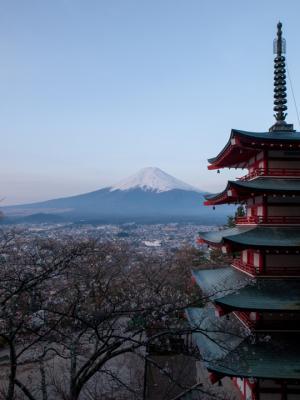 富士山と五重の塔(3)