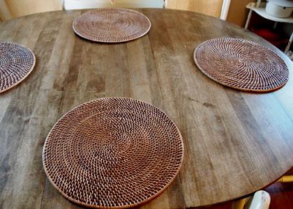 雰囲気の変わったテーブル