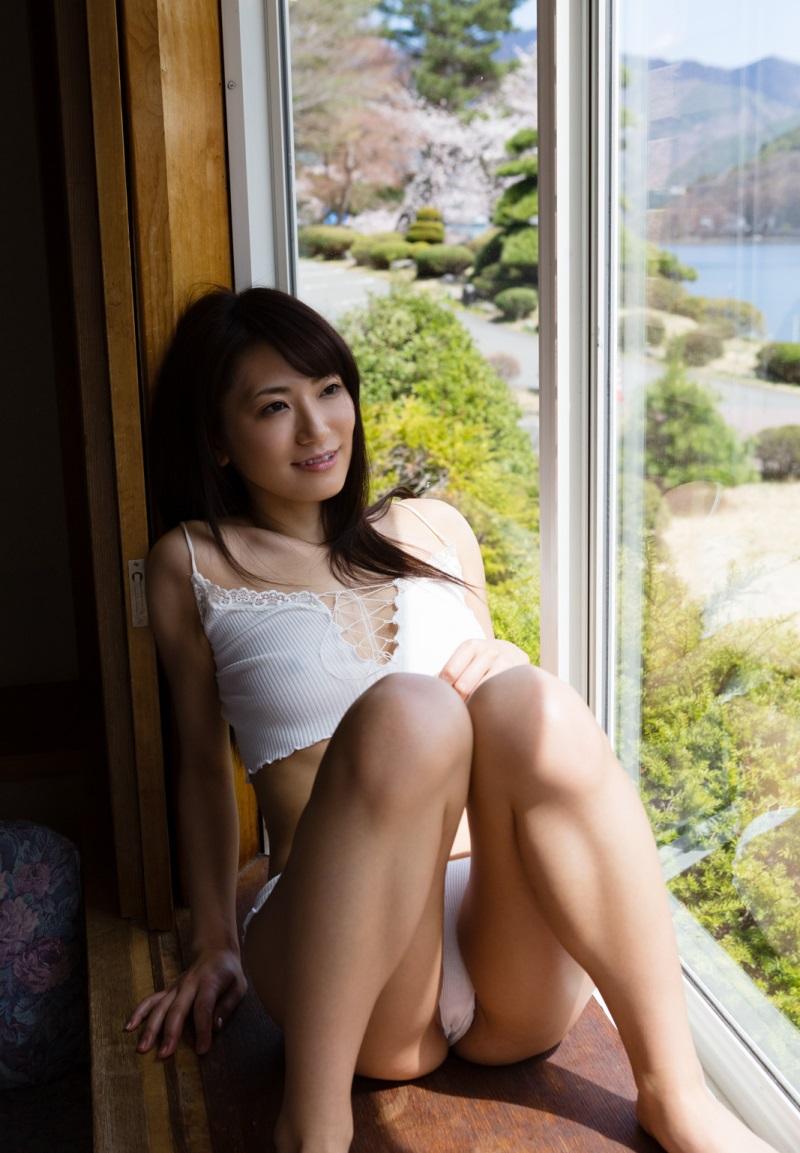 香西咲 | 綺麗なお姉さん。~AV女優のグラビア写真集~