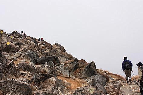 岩山を上ります♪