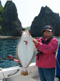 ヒラメ釣り上げ