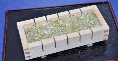 ヒラメ押し寿司.3