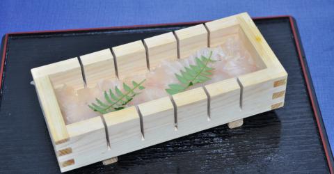 ヒラメ押し寿司.2