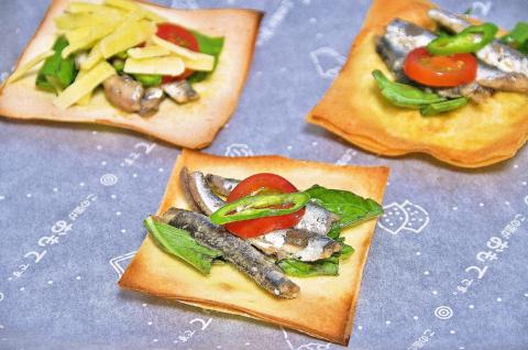 オイルサーディンのピザ2