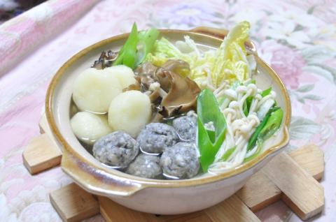 イワシと芋団子鍋