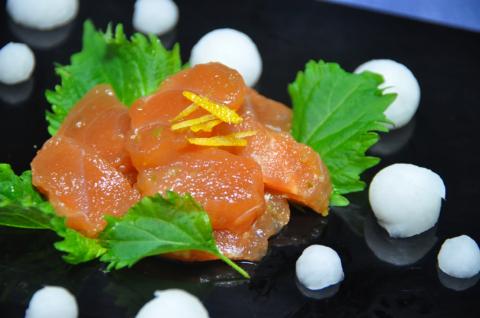 鮭の柚子こしょう和え