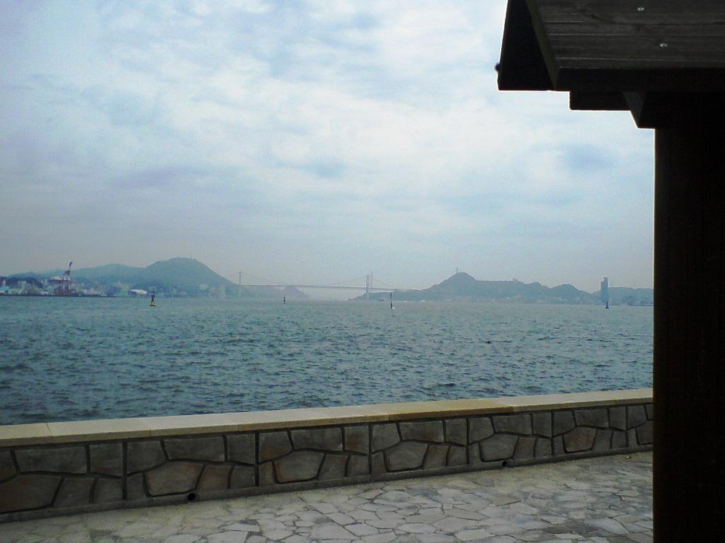 巌流島からの関門橋
