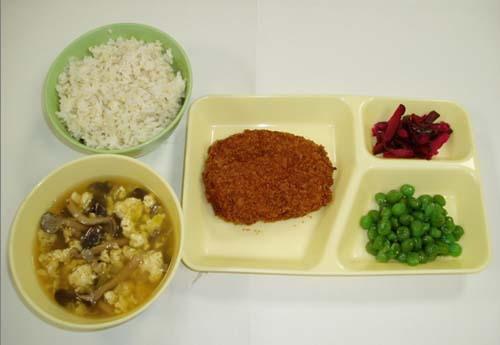刑務所の食事