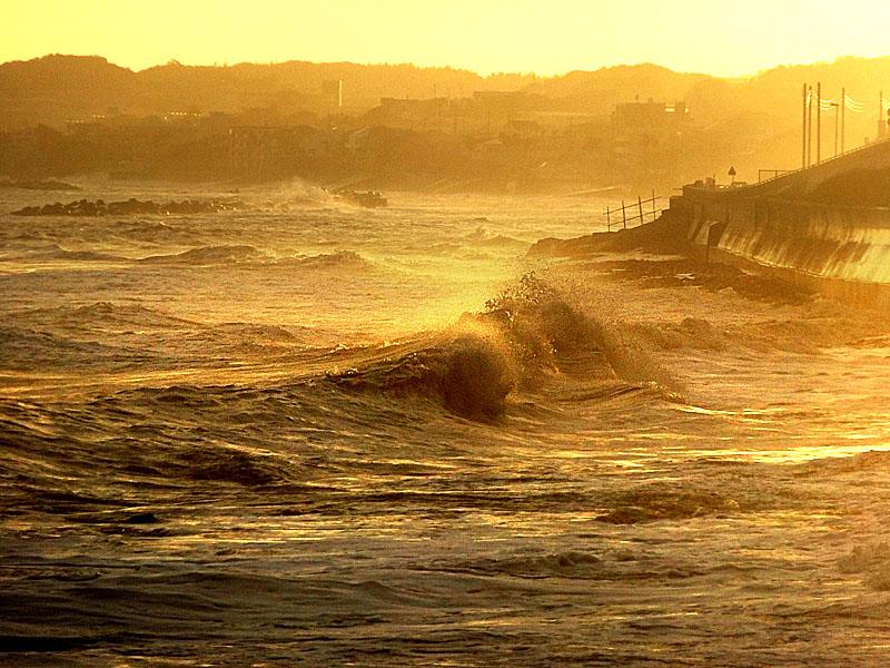 130916台風一過の野比海岸4