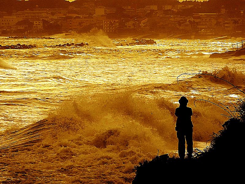 130916台風一過の野比海岸2