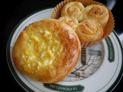 マヨロールと卵パン