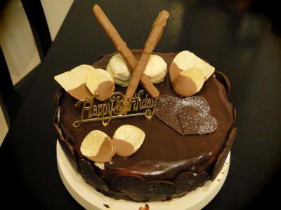 嫁の誕生日ケーキ