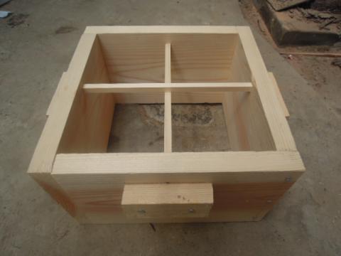 日本蜜蜂巣箱自作制作
