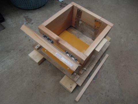 日本蜜蜂巣箱自作制作10