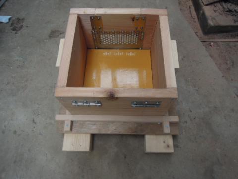 日本蜜蜂巣箱自作制作11